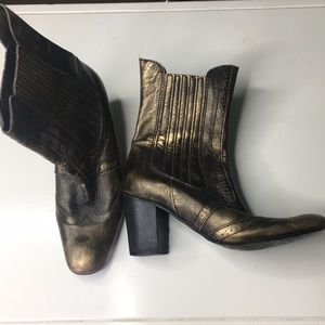 Matisse metallic 1/2 boot